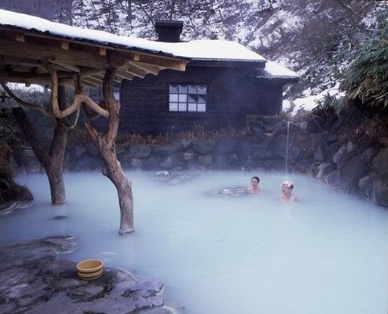 雪見温泉ランキング2位:秋田県 乳頭温泉