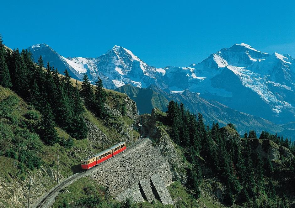 世界の春の絶景:1位 スイス