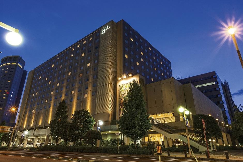 【外観】夜(オリエンタルホテル 東京ベイ)