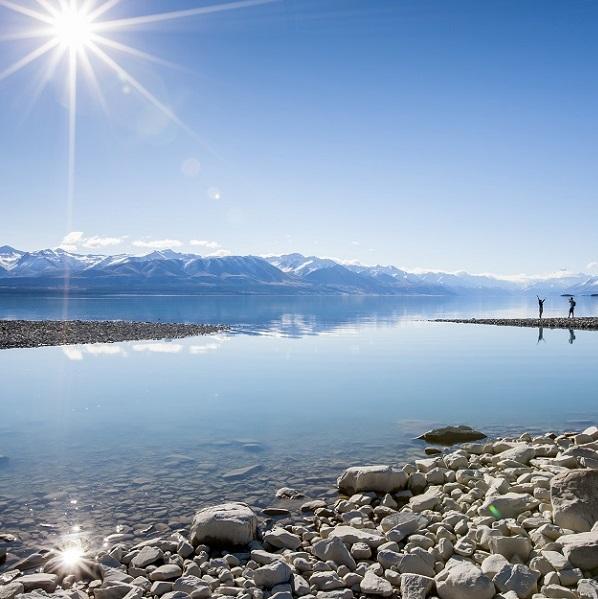 ニュージーランドのテカポ湖