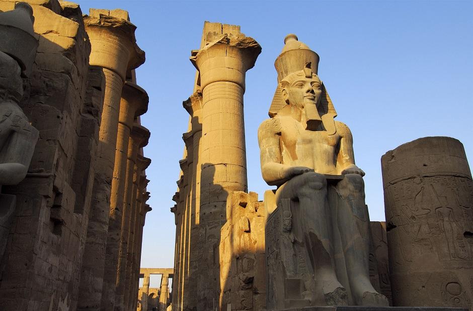 エジプトの石像