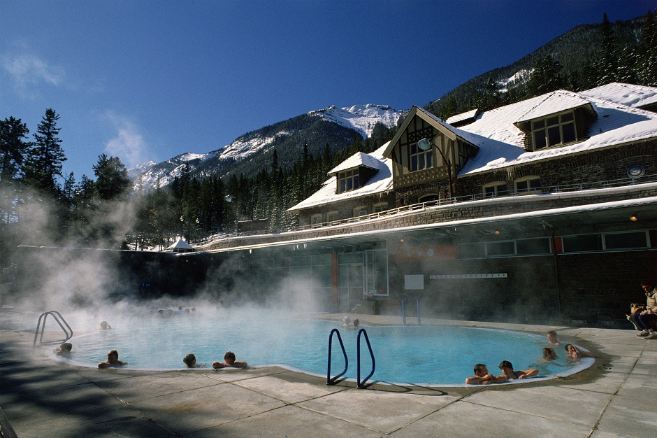 banff-upper-hot-springs-pool-banff-national-park
