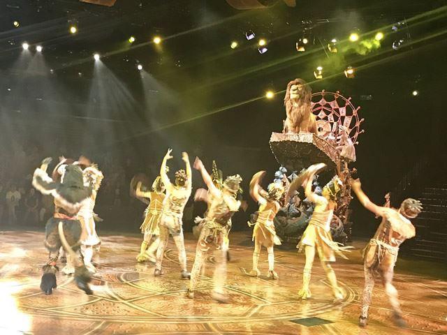 香港ディズニーランド『フェスティバル・オブ・ザ・ライオン・キング』