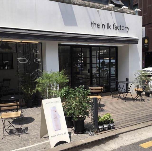 ソウルのフォトジェニックなカフェ「the nilk factory」