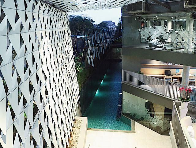 バリ島 Ize Seminyakホテル