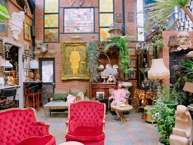 バンコクのお洒落カフェ「Puritan」