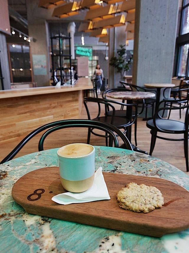 カナダ・モントリオールのオススメカフェ「Cacao70」