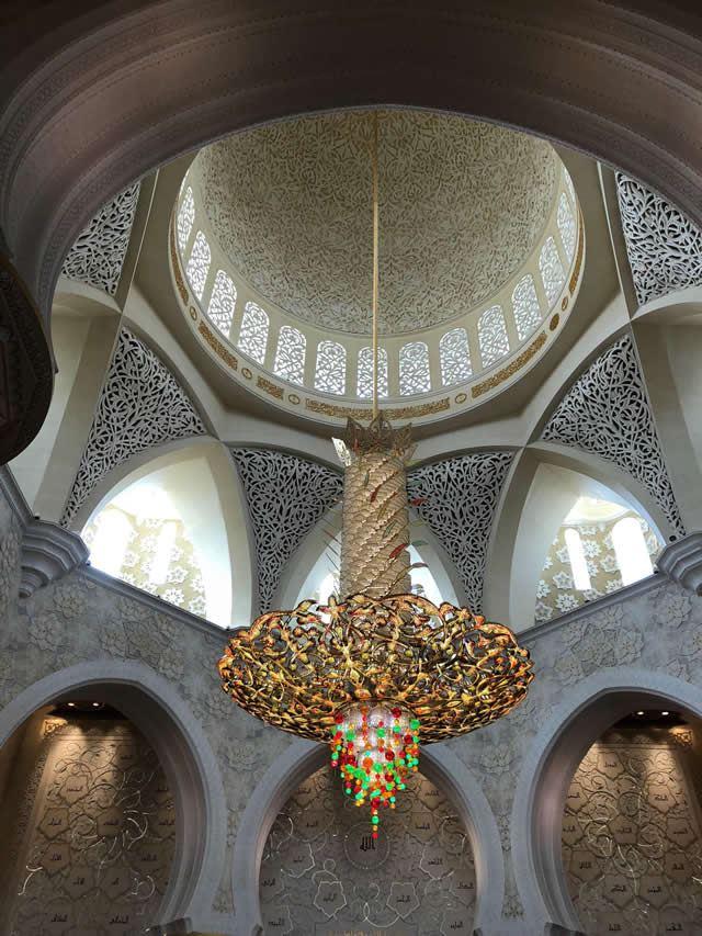アブダビ Sheikh Zayed Grand Mosque (シェイク・ザイード・グランド・モスク)