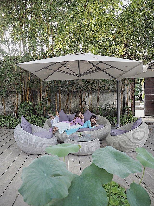 ベトナム・ホーチミン カフェ「The Deck」