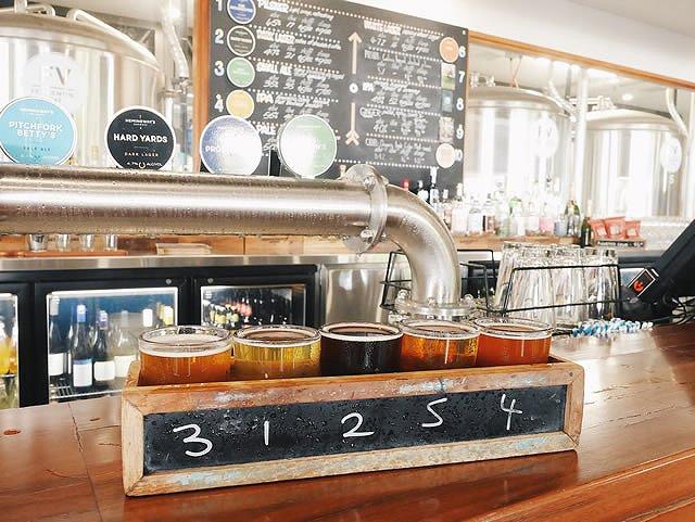 オーストラリア ポートダグラス レストラン「Hemingway's Brewery」