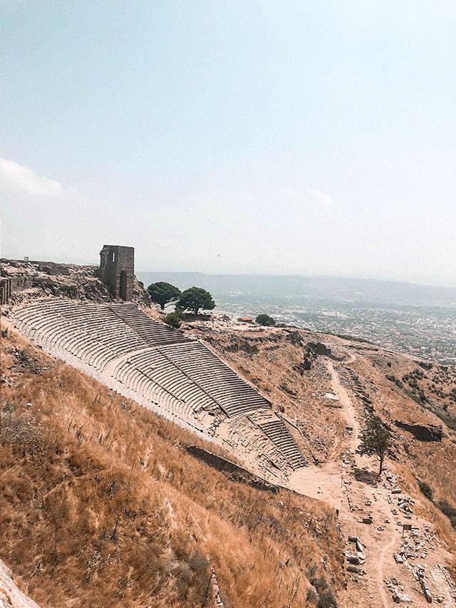 アクロポリス遺跡 大劇場 トルコ