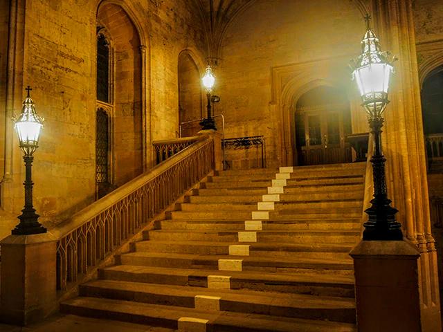 クライストチャーチ内の階段