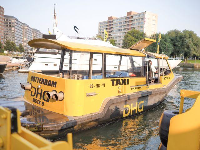 水上タクシー