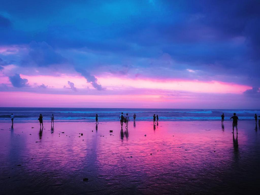 ダブルシックスビーチ